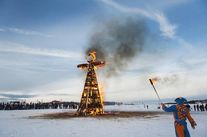 В Великий Новгород на широкую Масленицу
